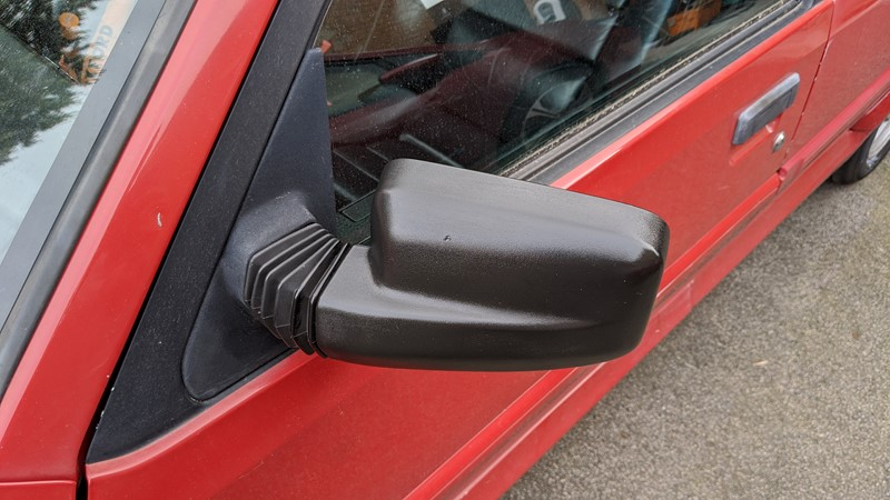 Restoring the Citroën BX mirrors with Black in a Flash