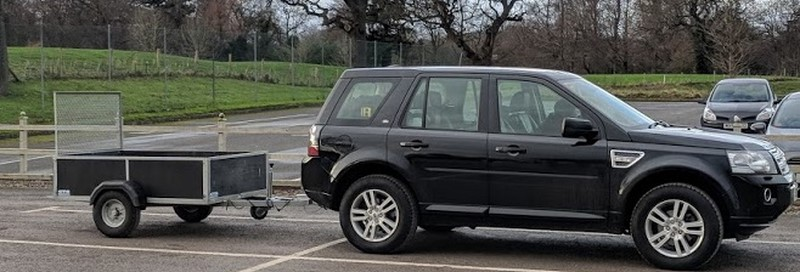 The small trailer behind the Freelander