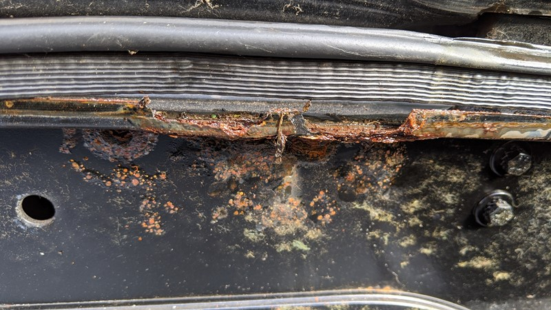 Rotten boot seal leading to major corrosion