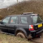 beached land rover freelander2