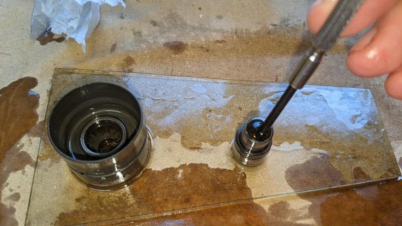 Reassembling the hydraulic tappets